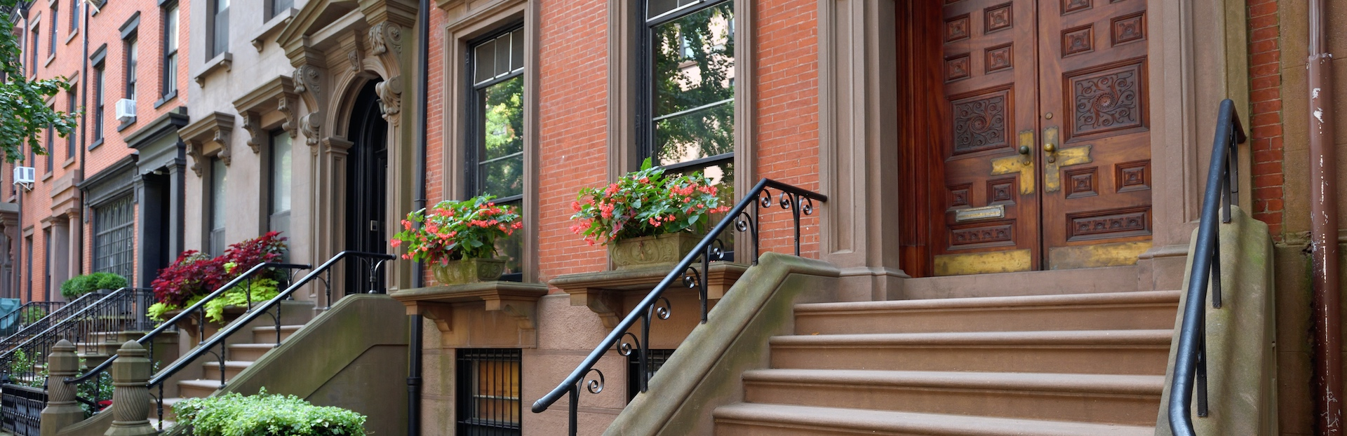 New York City audio tour: Brooklyn Heights from the Promenade to the home of Truman Capote