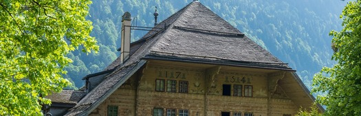 Grand chalet cover