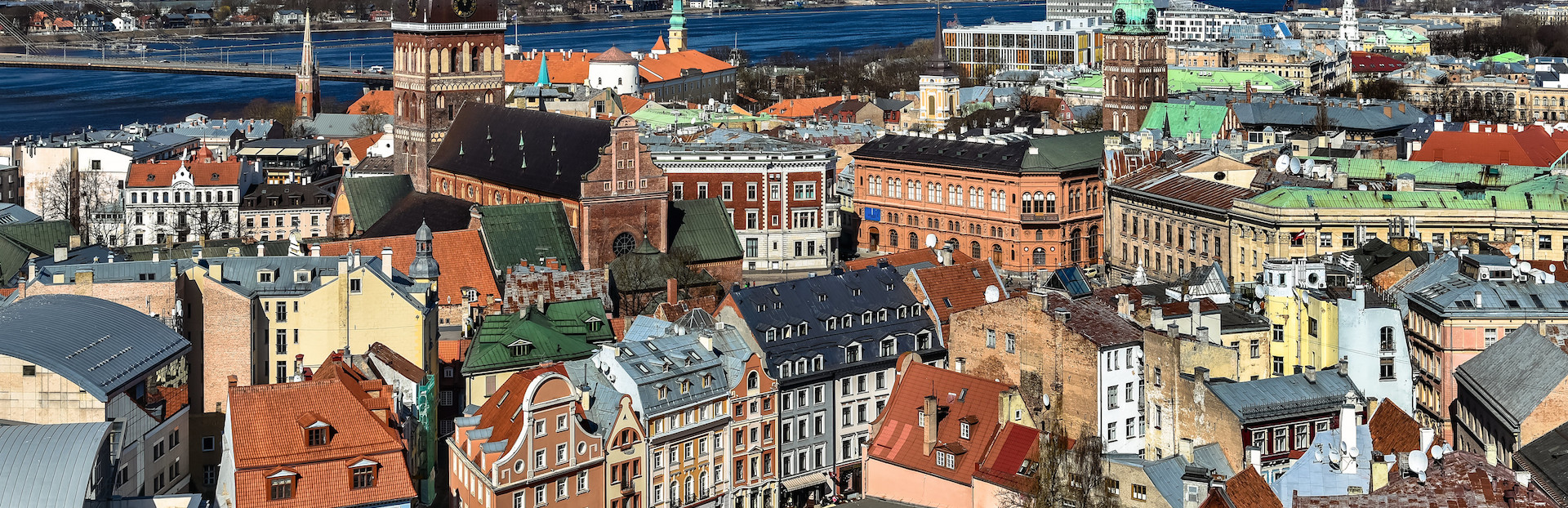 Riga audio tour: A walk through Old Riga from St Peter's Church to the Monument of Freedom