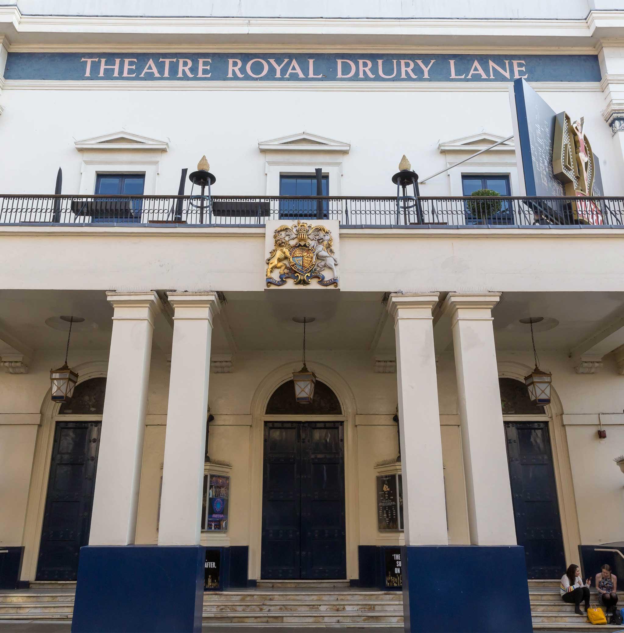 Theatre Royal Drury Lane on London audio tour Theatreland Tour with Ian McKellen