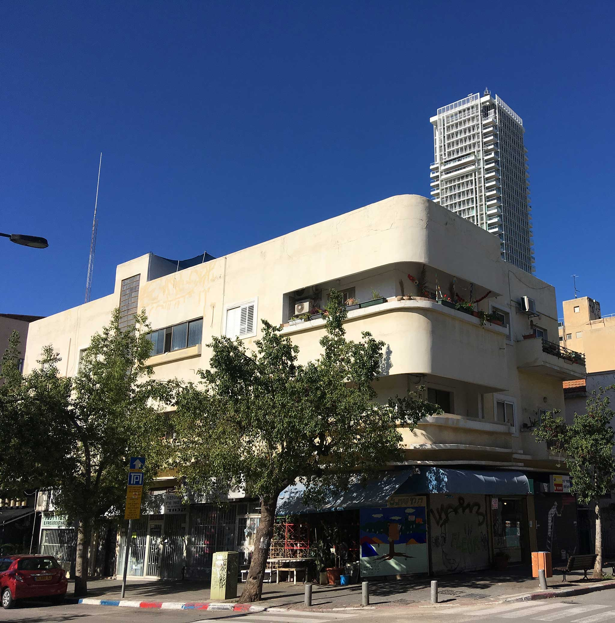 Barzilai Street‏‏‎ on Tel Aviv audio tour The Electrifying Story of Gan HaHashmal and Its Architecture