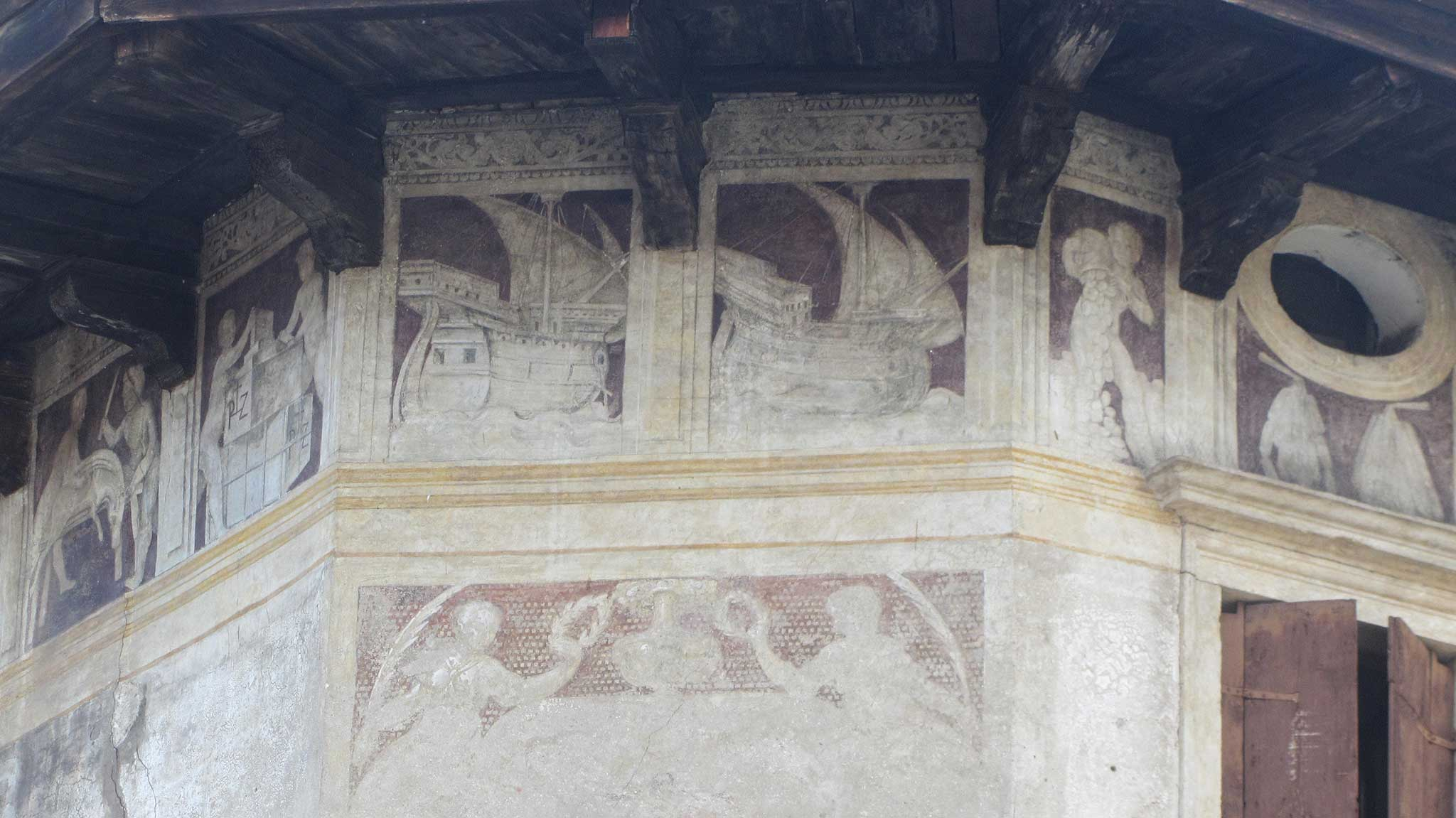 Frescoed House on Verona audio tour A stroll through the city of Romeo and Juliet