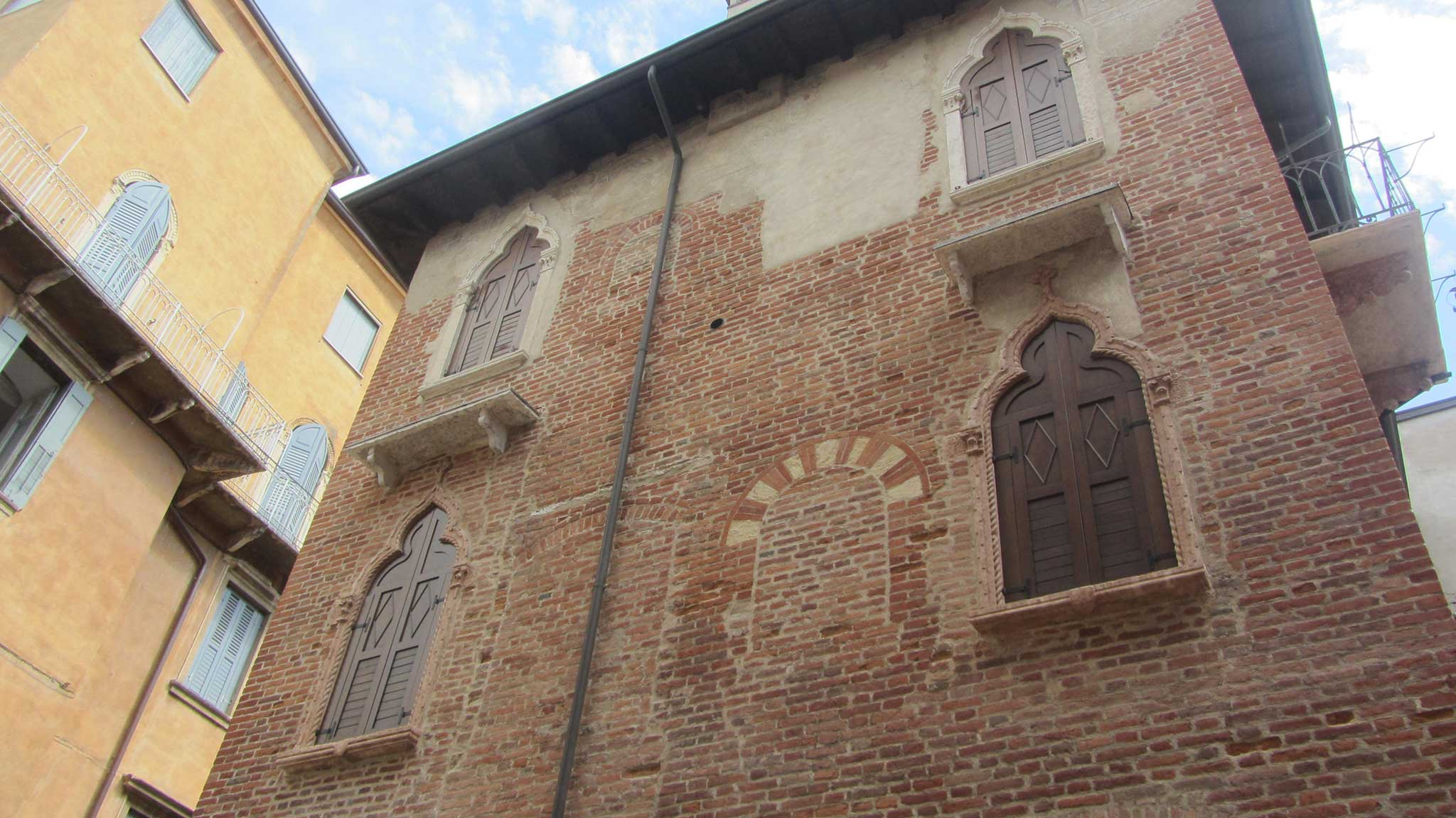 Santa Felicita on Verona audio tour A stroll through the city of Romeo and Juliet