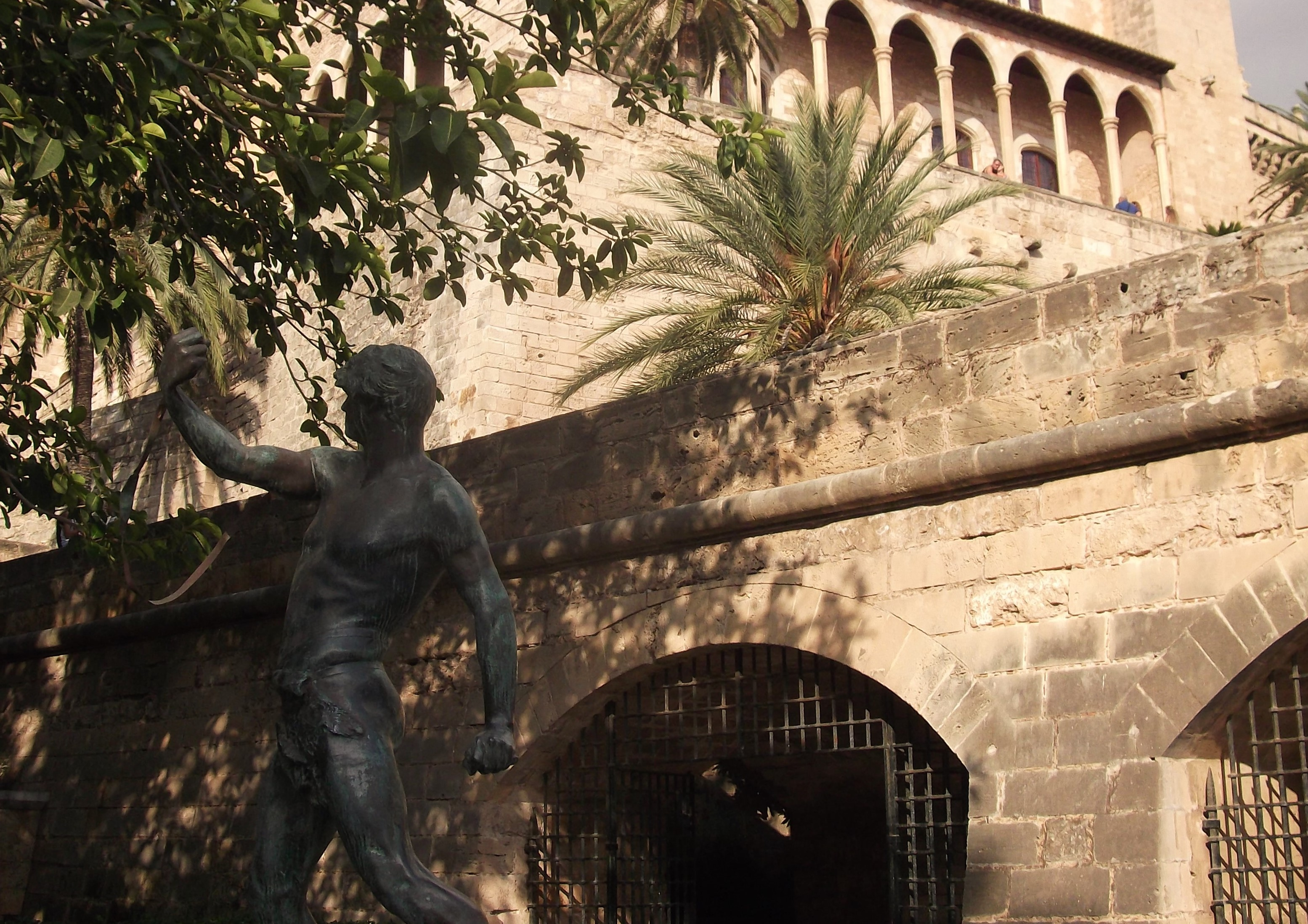 Es Foner Statue:  the Talayotic Culture on Palma audio tour Palma's Alternative History Tour