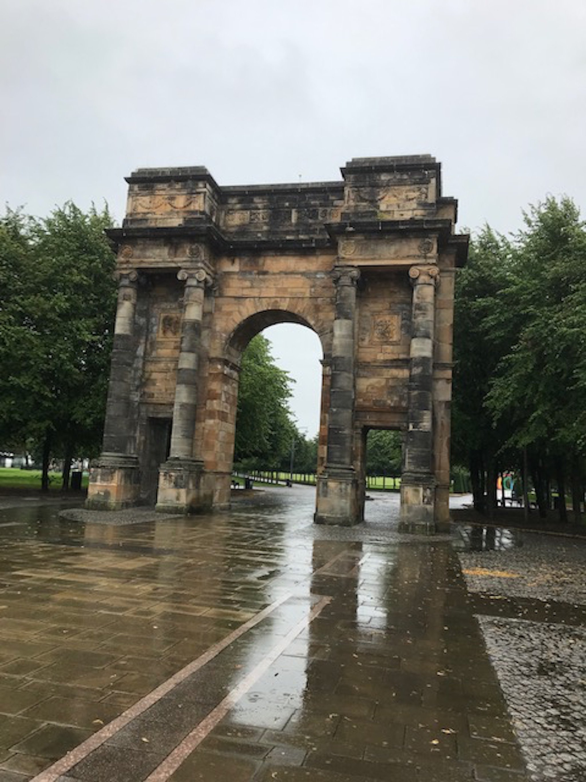 McLennan Arch on Glasgow audio tour Glasgow through the ages: A sightseeing walk from the Cathedral to Glasgow Green